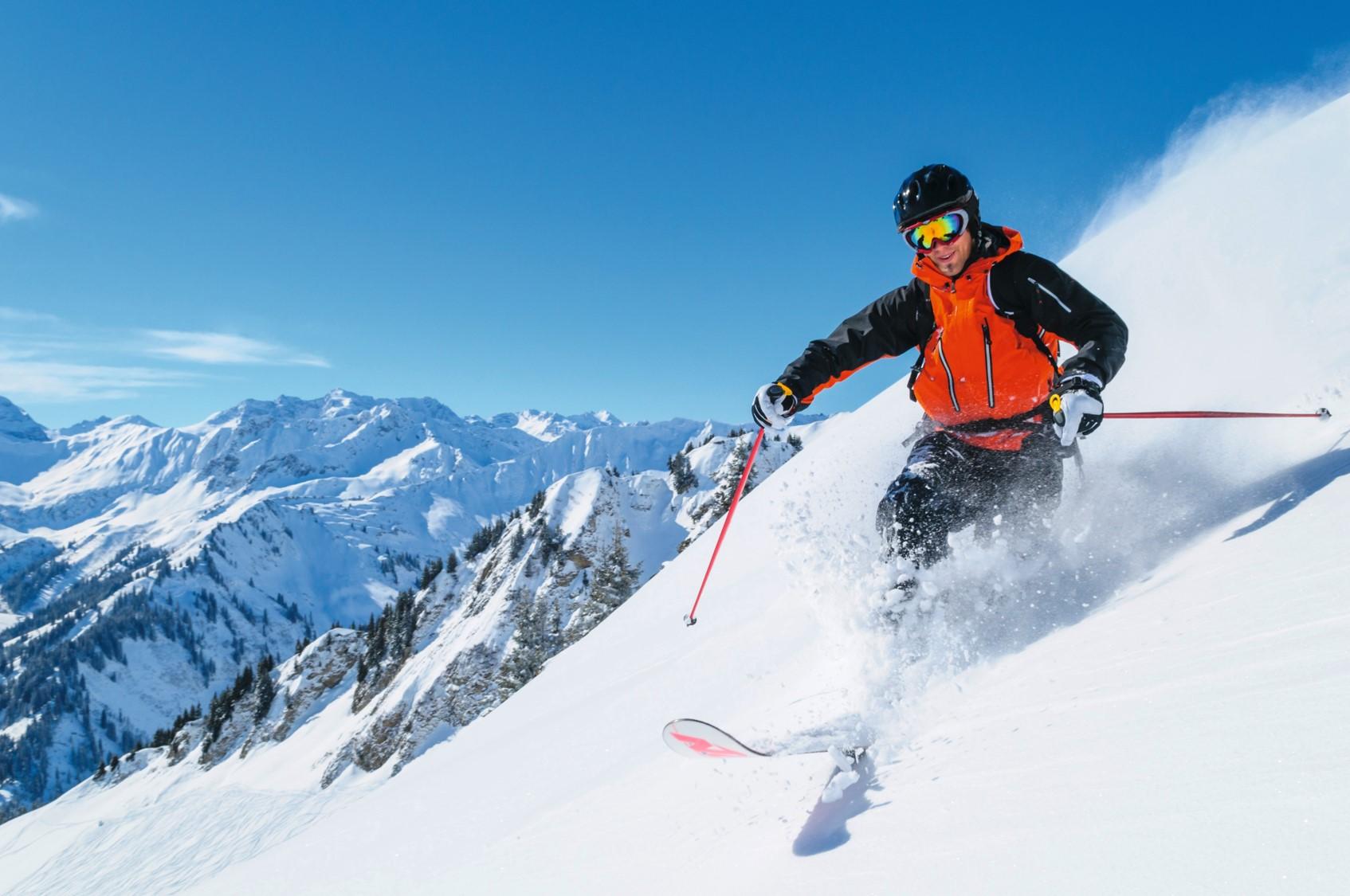So bleiben deine Hände beim Skifahren warm